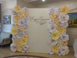 Пресс стена для свадеб